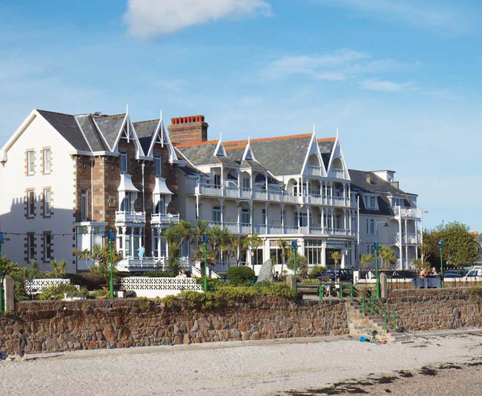 Ommaroo hotel jersey channel islands direct for Hotels jersey